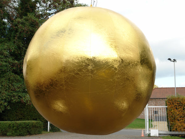 goldensilverspheres-eventdecoration-7theaven-1